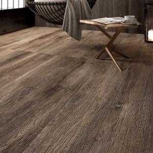 Quale pavimento scegliere fra parquet laminato e vinilico for Leroy merlin pavimenti gres effetto legno