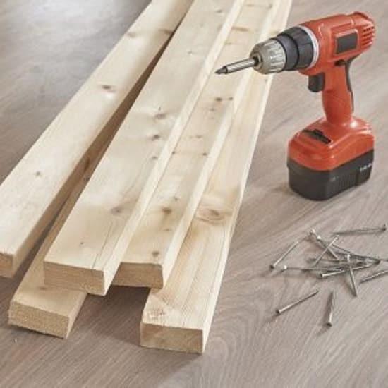 Falegnameria attrezzi in legno e materiali edili prezzi for Battiscopa in legno leroy merlin